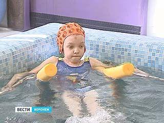 Воронежская девочка Екатерина Мягкова страдает редкой формой нейрофиброматоза