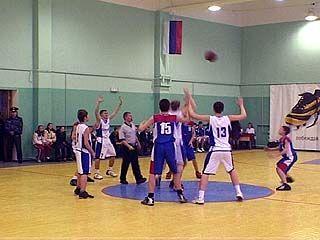 Воронежские баскетболисты провели последние домашние матчи в 2006 году