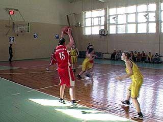 Воронежские баскетболисты уступили волжским