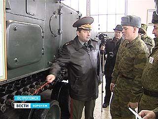 Воронежские курсанты сдали экзамен на управление боевыми бронемашинами