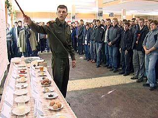 Воронежские призывники провели один день на воинской службе