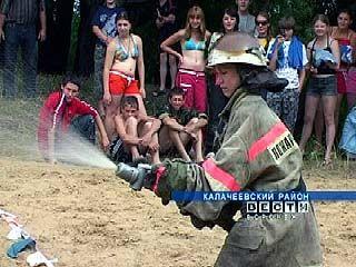Воронежские школьники тушат пожары и спасают пострадавших