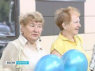 Воронежские ветераны посетили легендарное Прохоровское поле