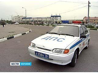 Воронежских полицейских заодно с водительскими правами ограничили и в гражданских