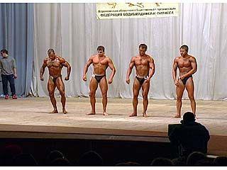 Воронежским бодибилдерам стоит подкачать мышцы