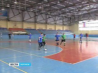 Воронежский драмтеатр разгромил тамбовских коллег на футбольном поле