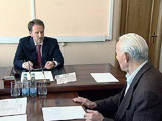 Воронежский губернатор провел прием граждан в приемной Владимира Путина