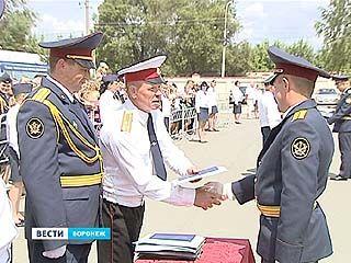 Воронежский институт ФСИН: выпускникам торжественно вручили дипломы