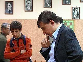 Воронежскую шахматную школу посетил гроссмейстер Евгений Бареев