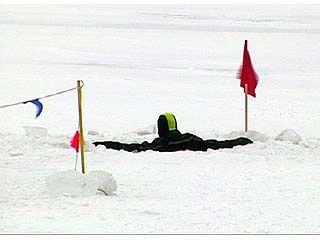 Выходить на лёд водоёмов уже опасно