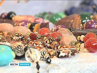 """Выставка """"Мир камней"""" снова открылась в Доме архитектора"""