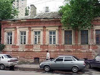Выстоит ли памятник культуры на улице Платонова?