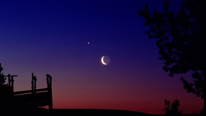 Жители Воронежской области смогут увидеть сближение Луны с 3 планетами