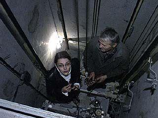 "За 20 лет лифт успевает ""прокатиться"" на Луну и обратно"