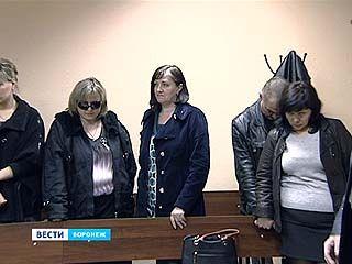 За взятку осуждены следователь и адвокат - 4 года лишения свободы