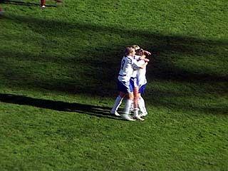 """Женская футбольная команда """"Энергия"""" возвращает утерянные позиции"""