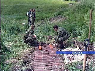 Жители поселка Дзержинский живут в постоянном ожидании взрывов
