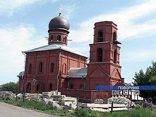 Жители Поворино 4 года строят храм