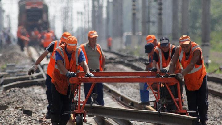 25 июня 2015 года. Подписан договор о строительстве железной дороги в обход Украины