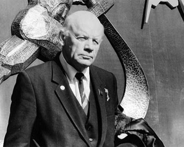 10 марта 1922 года родился конструктор ракетных двигателей Александр Конопатов