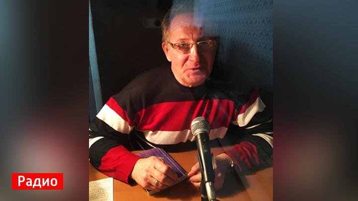 Воронежский поэт Юрий Жданов представил свою книгу «1000 мыслерифм»