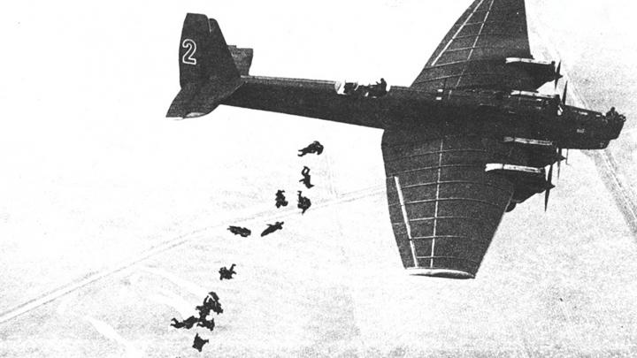 2 августа 1930 года. Под Воронежем состоялась первая высадка ВДВ
