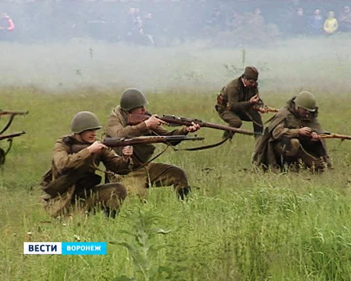 Без комментариев: Сражение после Победы воспроизвели в Воронеже