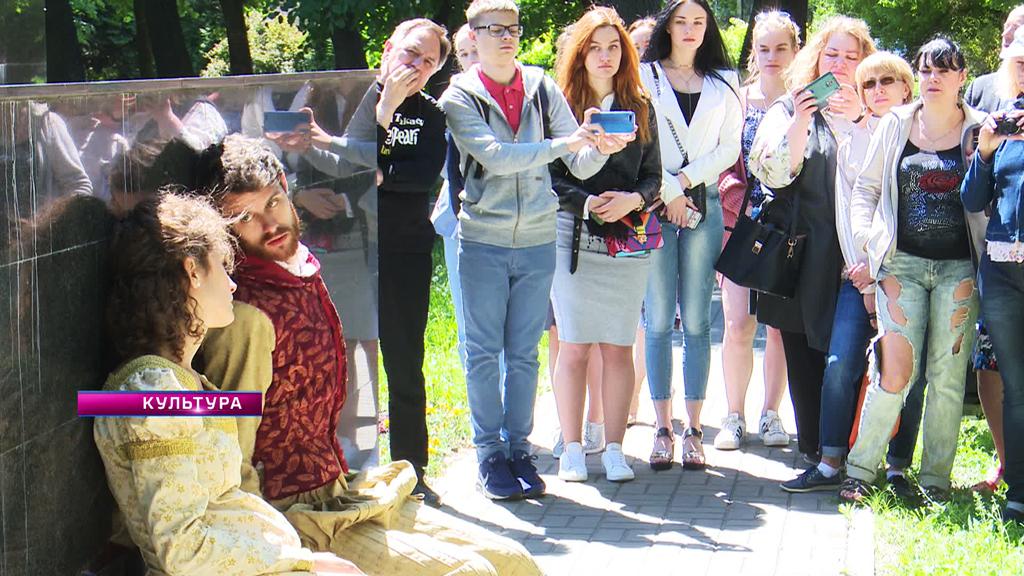 «Ромео и Джульетта» на улицах Воронежа и масса театральных премьер