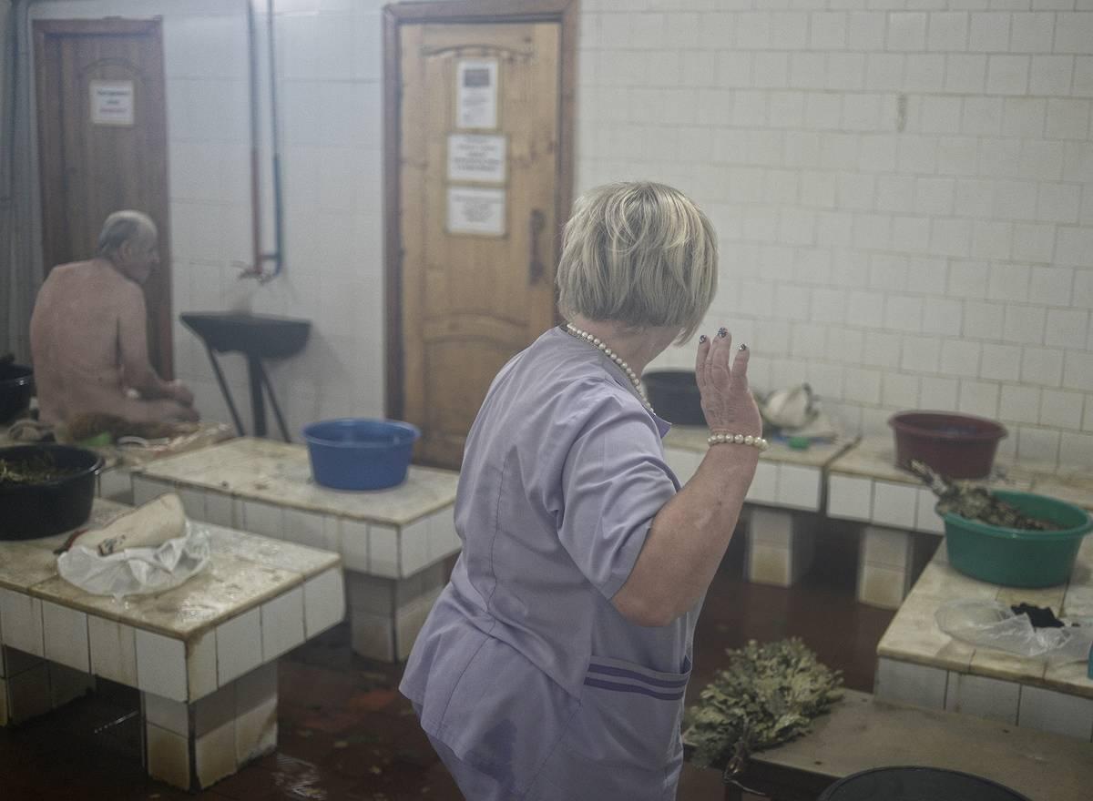 Разными категориями фото и видео из мужского отделения бани природе подъезде балконе