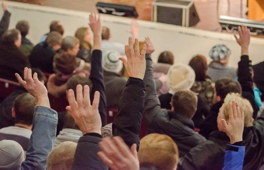 Граждане Воронежа нехотят отмены всенародных выборов главы города — Опрос