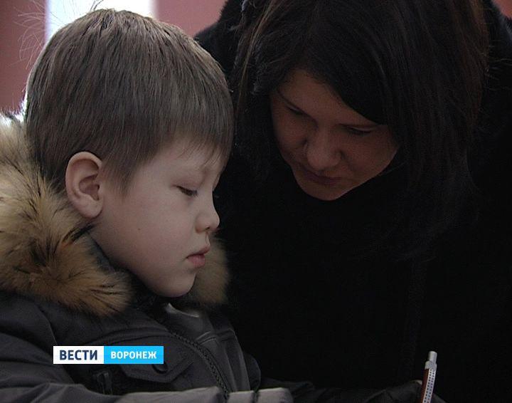 Главный дедушка Мороз РФ порадует волгоградских детей новогодними подарками