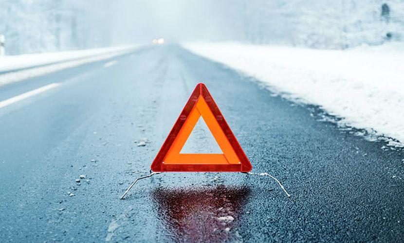 Наворонежской трассе легковушка влетала под фуру: один погибший