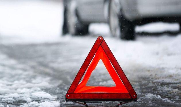Наворонежской трассе встолкновении 5-ти машин пострадала женщина