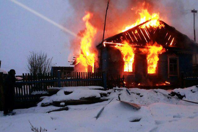 Повине отца напожаре вворонежском селе погибла 9-месячная девочка