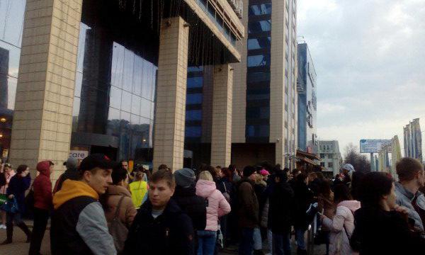 ВВоронеже зажегся крупный торговый центр: есть пострадавшие