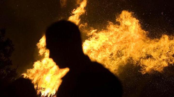 Депутат изВоронежской области поджёг дом бывшей супруги и грозил ейрасправой
