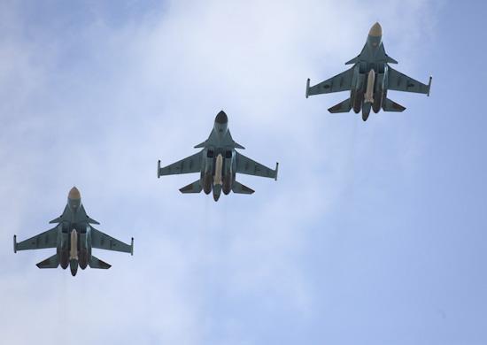 Самолеты ВКС пролетят над Воронежским водохранилищем