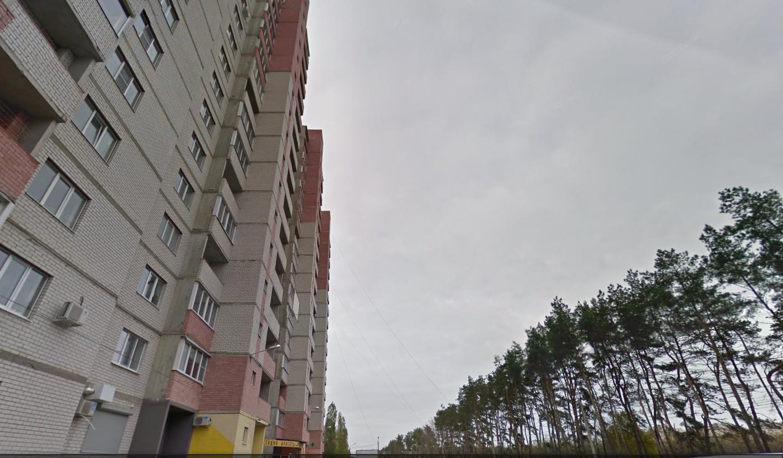 Оставил записку: гражданин Воронежа выпал с15 этажа