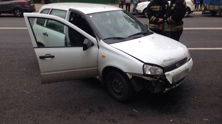 ВВоронеже автомобилист спровоцировал ДТП с6 машинами и убежал