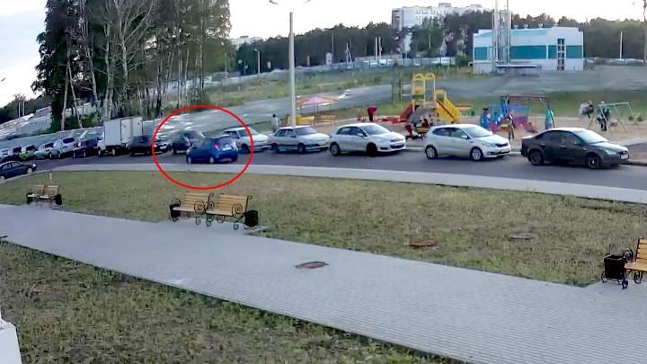 Неожиданно выскочил: вВоронеже Сhevrolet сбил 6-летнего ребенка