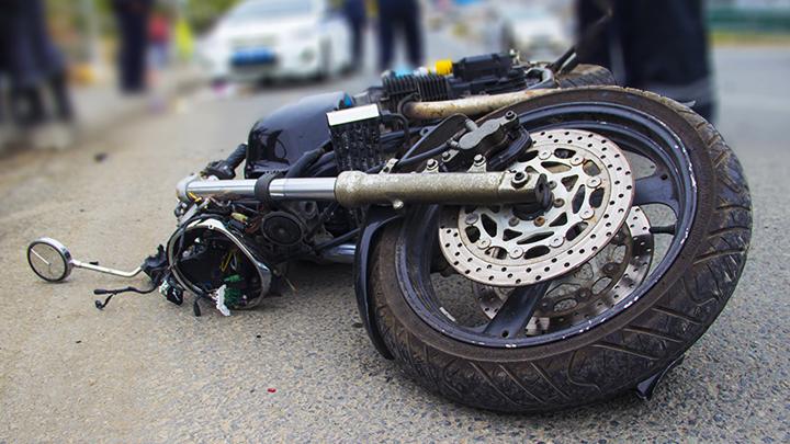 Под Воронежем мотоцикл протаранил грейдер, умер 38-летний мужчина