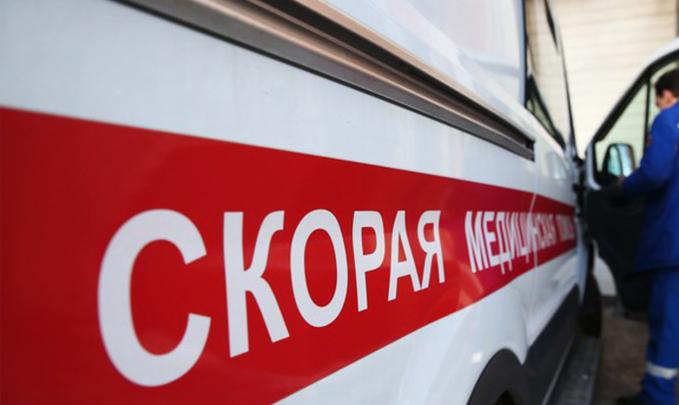 5 человек пострадали при столкновении «Ниссана» страктором под Воронежем