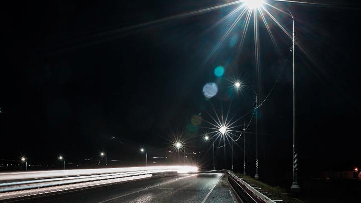 Навъезде вВоронеж дорожники установили 914 светодиодных светильников