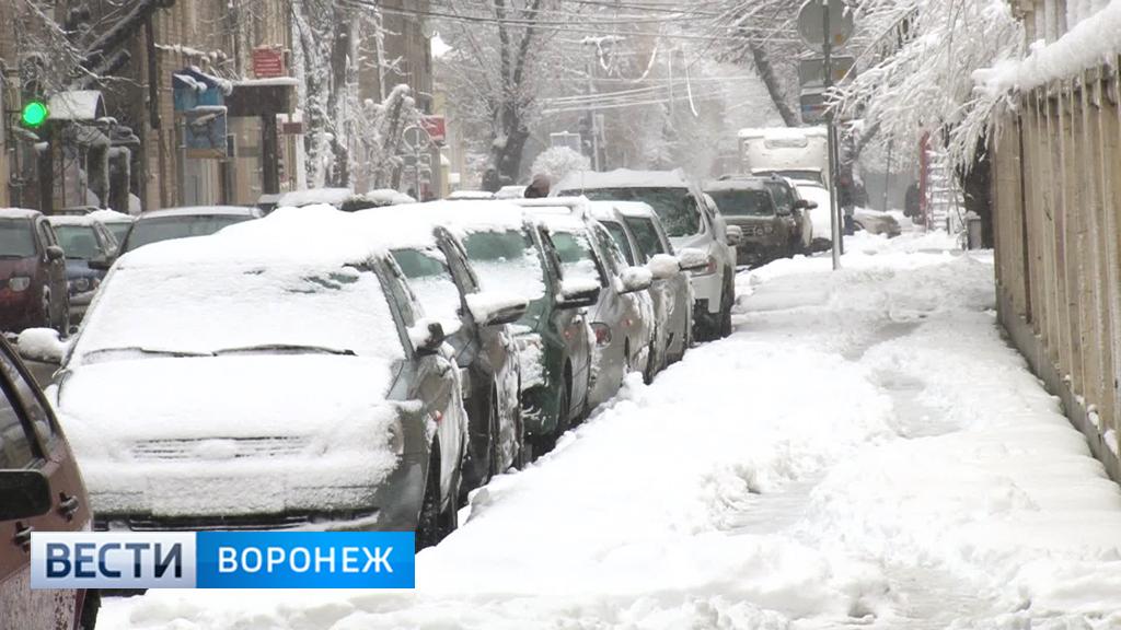 Вночной уборке снега вВоронеже задействовали 150 машин
