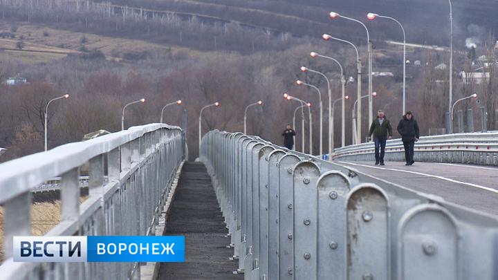 Езжайте мимо!: ВВоронежской области открыли дорогу вобход райцентра Подгоренское