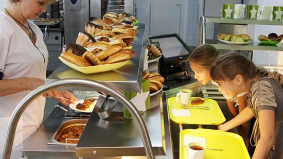ВВоронеже воспитанников замка творчества детей имолодёжи кормили запрещёнными продуктами