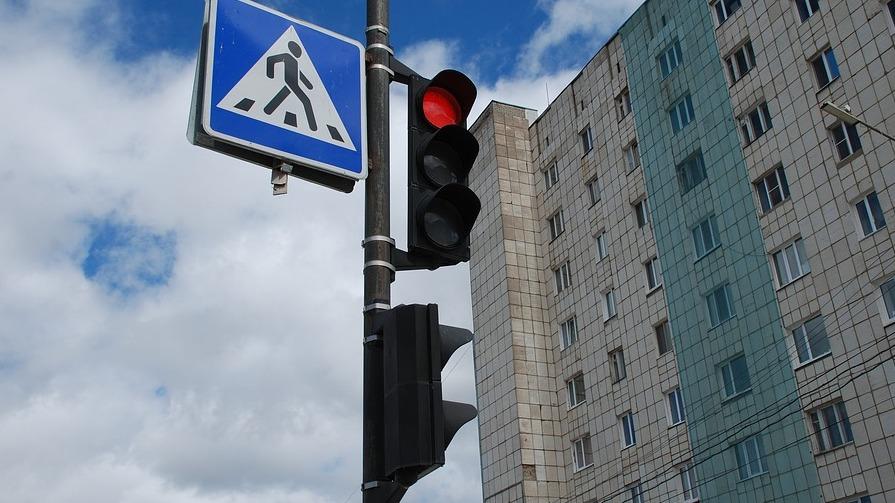 ВВоронеже иностранная машина наулице Космонавтов сбила 2-х пешеходов