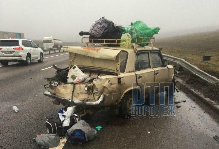 Мужчина скончался вмассовом ДТП вВоронежской области